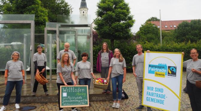 Weltladen Mering startet mit einem Stand am Marktplatz